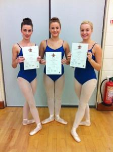 Senior ballet students pass RAD Intermediate Ballet Examination with merits