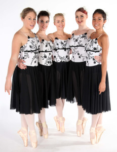 Exeter Ballet dance lesson Senior students from Joanna Mardon School of Dance