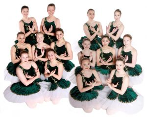 Joanna Mardon School of Dance Exeter Grade 7 and 8 Ballet students